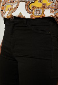 Dorothy Perkins Tall - FRANKIE - Jeans Skinny Fit - black - 4