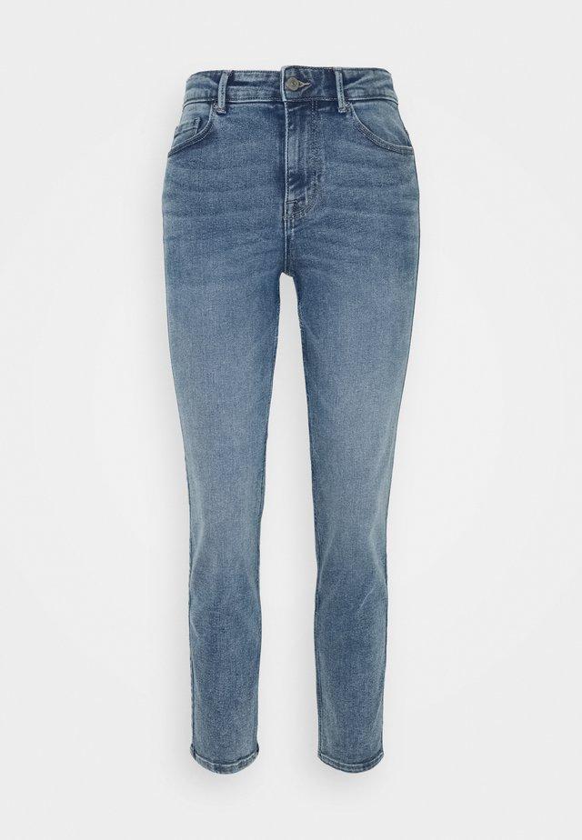 PCLILI - Jeans slim fit - light blue denim