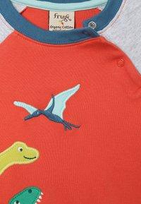Frugi - ALFIE APPLIQUE - Langærmede T-shirts - orange - 3