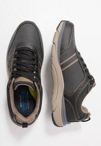 Skechers - SENTINAL - Sneaker low - black - 1