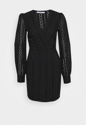 CROCHET DRESS - Vardagsklänning - black