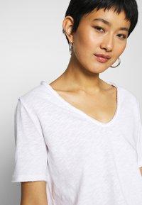 Rich & Royal - HEAVY - Basic T-shirt - white - 6