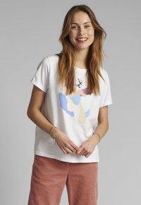 Nümph - Print T-shirt - bright white - 0