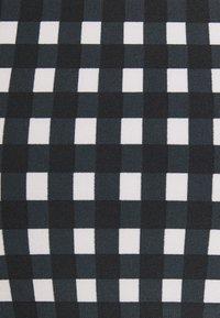 O'Neill - CALI RITA FIXED SET - Bikini - black/white - 6