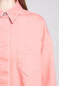 MM6 Maison Margiela - Krátký kabát - pink - 7
