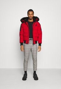 Kings Will Dream - PUFFER BOMBER JACKET - Winterjas - red - 1