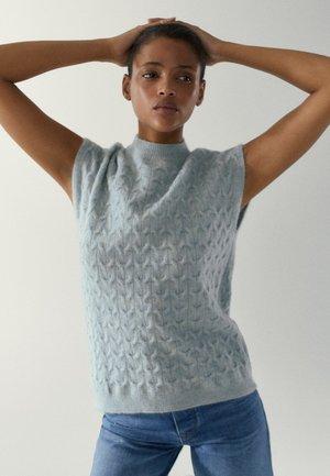 MIT FLECHTMUSTER - Stickad tröja - light blue