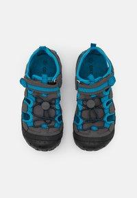 Color Kids - TOE CAP UNISEX - Chodecké sandály - turkish tile - 3