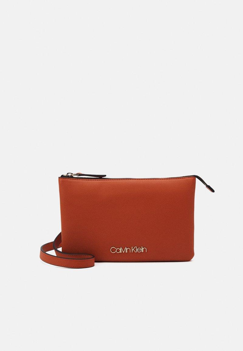 Calvin Klein - CROSSBODY DOUBLE - Across body bag - brown