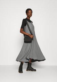 Zign - Žerzejové šaty - grey - 1