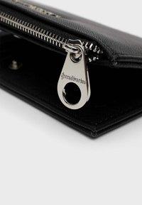 Stradivarius - Wallet - black - 4