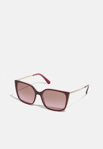 Solglasögon - top red on transparent pink