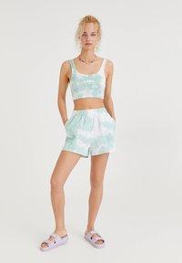PULL&BEAR - Shorts - off-white - 1
