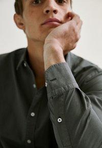 Massimo Dutti - Camicia - green - 5