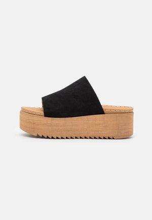 BALY - Pantofle na podpatku - black