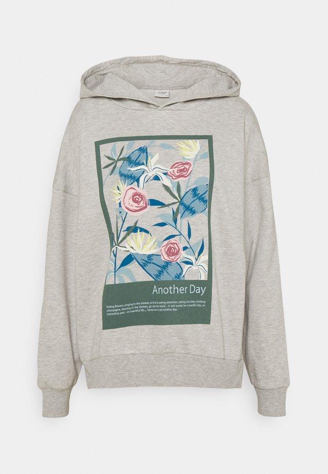 JDYNAPOLEON PRINT - Bluza z kapturem - light grey melange