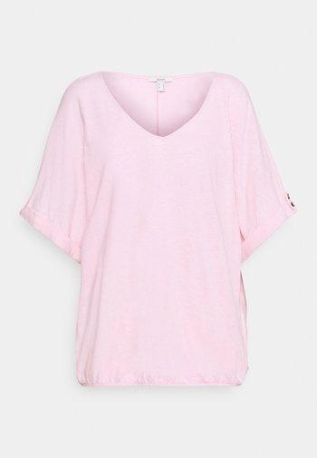 TEE - Basic T-shirt - light pink