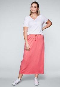 Sheego - Maxi skirt - korallrot - 1