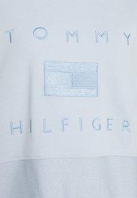 Tommy Hilfiger - TONAL - Sweatshirt - breezy blue - 2