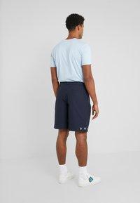 Tonsure - STANLEY - Shorts - dark navy - 2