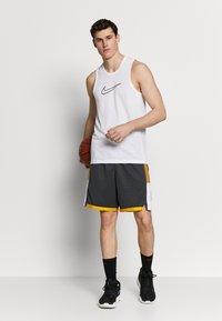 Nike Performance - DRY CROSSOVER - Koszulka sportowa - white/black - 1