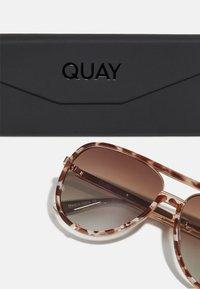 QUAY AUSTRALIA - HIGH PROFILE - Sunglasses - brown tort - 2