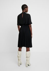 Anna Field - Plisse A-line mini skirt - A-line skjørt - black - 2