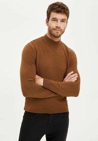 DeFacto - Stickad tröja - brown - 2