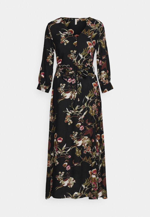 PCBRENNA ANKLE DRESS - Maxikleid - black