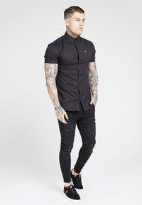 SIKSILK - SMART SHIRT - Camicia - black - 1
