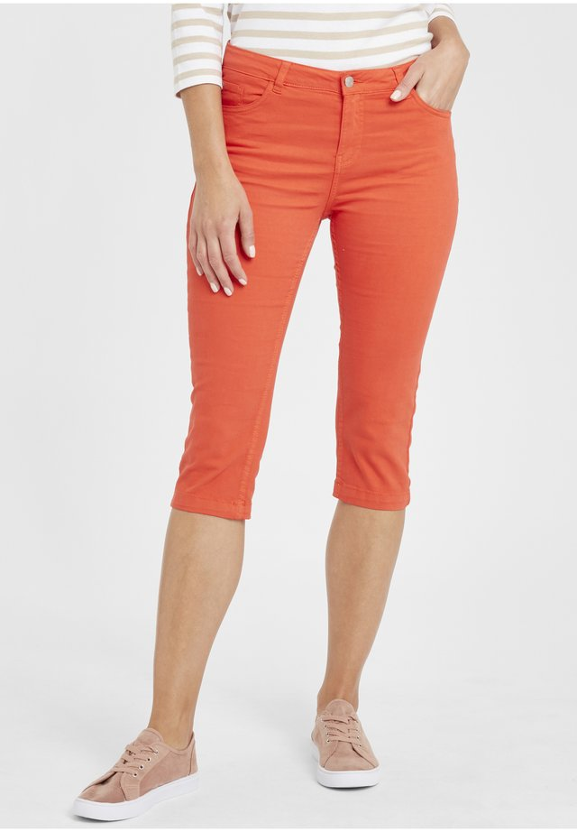 BYLOLA BYLIKKE CAPRI - Shorts di jeans - spicy red