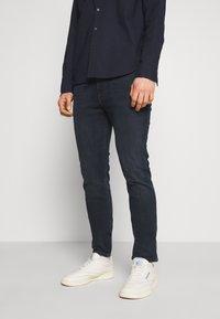 Tommy Jeans - SIMON SKINNY - Jeans Skinny Fit - midnight extra dark blue - 0