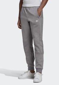 adidas Originals - BX-20 SWEAT JOGGERS - Pantalones deportivos - grey - 2