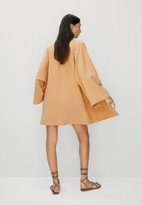 Mango - Short coat - pfirsich - 2