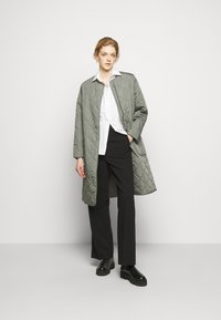 2nd Day - ELVIRA THINKTWICE - Classic coat - castor - 1