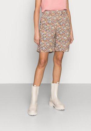 GISLA - Shorts - ice multi ditsy