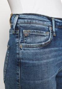 True Religion - HIGHRISE STRAIGHT LEG - Džíny Slim Fit - denim blue - 5