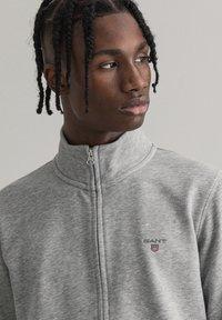 GANT - Zip-up hoodie - grey melange - 3