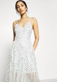 Lace & Beads - RUTH DRESS - Robe longue - mint - 4