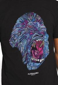 Alessandro Zavetti - RAGING APE - Print T-shirt - black - 5