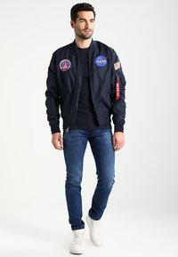 Alpha Industries - NASA REVERSIBLE II - Bomber Jacket - blue - 1