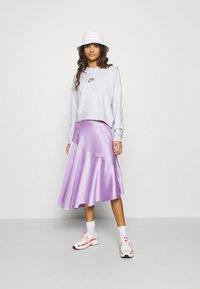 Nike Sportswear - CREW - Sweatshirt - platinum tint/multi color - 1