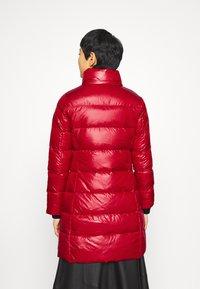 Calvin Klein - ESSENTIAL REAL COAT - Down coat - tango red - 4