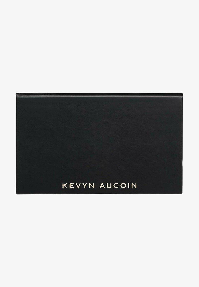 Kevyn Aucoin - KEVYN AUCOIN PUDER THE CONTOUR DUO - Powder - -