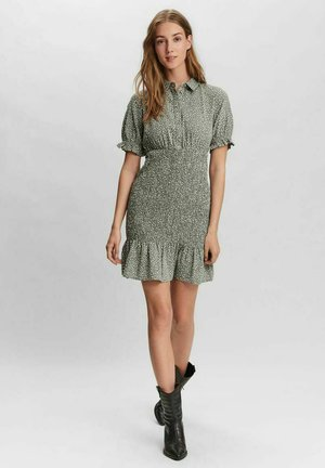 GESMOKT - Shirt dress - laurel wreath