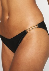 Wolf & Whistle - PLUM WIRED WITH KNOTTED STRAPS - Bikinitop - black - 4