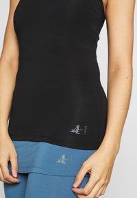 Curare Yogawear - RACERBACK  - Topper - black - 4