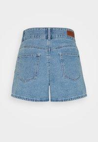 ONLY Petite - ONLDEBBIE LIFE - Shorts di jeans - light medium blue denim - 1
