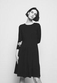 HUGO - DIAMANDA - Sukienka z dżerseju - black - 3