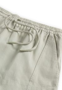 OYSHO - Shorts - light green - 5